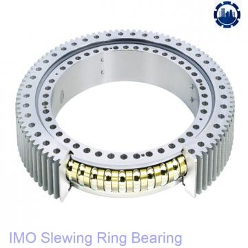 Cross roller slewing ring for pile driver